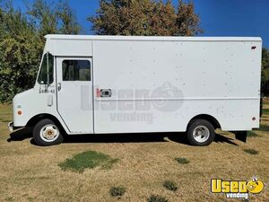 14' Chevrolet P30 Empty Step Van Mobile Business Truck Ready for Conversion for Sale in Arizona!