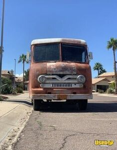 Vintage 1969 - 14' Ford Vanette Step Van / Used Empty Step Van for Conversion for Sale in Arizona!