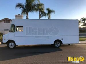 Very Clean 1999 16' Chevrolet Step Van in Great Shape for Conversion for Sale in California!