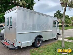 Aluminum 2003 Workhorse 12' Empty Step Van for Conversion for Sale in Florida!