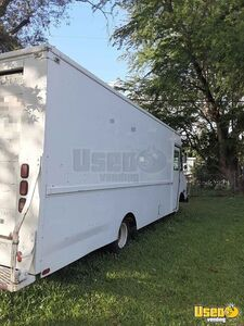 Very Clean 22' Chevrolet P30 Emtpy Step Van Ready for Conversion for Sale in Florida!!