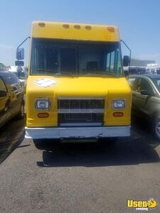Ready to Convert 1998 GMC Chevy P30 Step Van/Empty Step Van for Sale in Maryland!