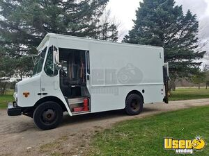 2003 GMC Workhorse Used Step Van Truck for Conversion for Sale in Michigan!!!