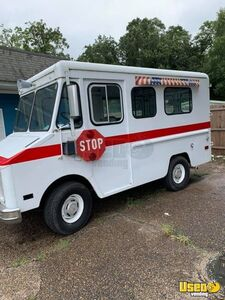 GMC Rally Wagon G3500 Empty Step Van Truck Ready for Conversion for Sale in Mississippi!!