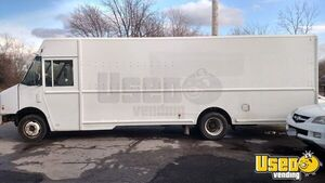 Very Clean 2010 Used Workhorse P10 Diesel Empty Step Van for Conversion for Sale in New York!