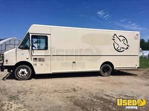 Used 2003 Freightliner Cummins 5.9L Diesel Box Truck Step Van for Conversion for Sale in New York!