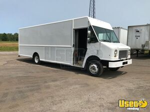 2011 22' Aluminum Body Fleet Maintained Workhorse W62 Step Van for Conversion for Sale in New York!