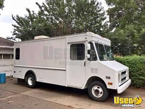 Great Running Aluminum 1991 Gas Chevrolet P30 Step Van for Conversion for Sale in Oklahoma!