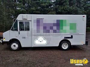 1998 - Freightliner MT 45 Diesel Step Van for Conversion for Sale in Oregon!