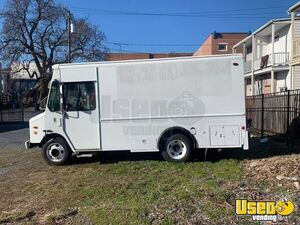 2004 - 20' Workhorse P42 Diesel Empty Step Van for Conversion for Sale in Pennsylvania!