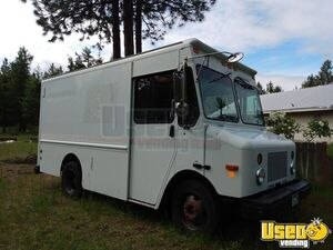 2004 Workhorse P42 12' Diesel Empty Step Van / Box Truck for Sale in Washington!