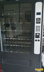 USI / Wittern 3509 Electronic Glassfront Snack Vending Machine for Sale in Florida!