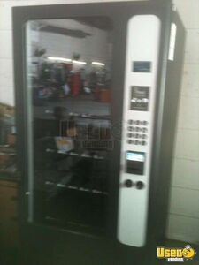 HR23 Snack Merchandiser USI Vending Machine for Sale in Georgia!!!