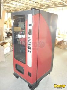 (1) - 2010 Wittern / Vendnet 3521 Glassfront Snack Vending Machines!!!