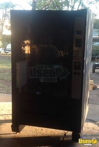 Wittern 3208 Electronic Food & Drink Vending Machine for Sale in Missouri!