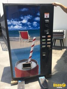 USI CD8 Electrical Can Soda Vending Machine for Sale in California!