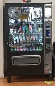 USI Black Diamond Chill Center Combo Vending Machine for Sale in California!