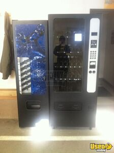 Used Ivend 3503 Combo Vending Machine for Sale in Colorado!!!