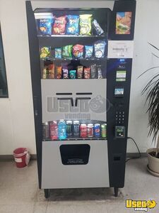 2016 Wittern Futura Trimline II Electronic Snack & Soda Combo Vending Machine for Sale in Florida!