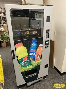 Wittern Futura 3548 Combo Glassfront Snack & Soda Combo Vending Machine for Sale in Florida!