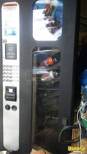 USI Combo Snack & Soda Vending Machine for Sale in Texas!!!