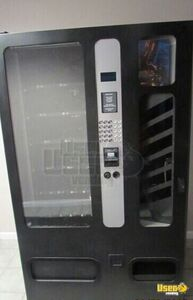 USI 33155B Satellite Combo Snack & Soda Vending Machine for Sale in Utah!