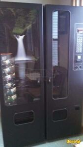 (1) -Fawn / USI Satellite Snack & Soda Vending Machine for Sale in Wisconsin!