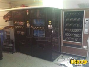 Varies 501, 600, Ap4000, Anteres Dixie Narco Soda Machine 2 Michigan for Sale