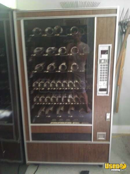 Varies 501, 600, Ap4000, Anteres Dixie Narco Soda Machine 3 Michigan for Sale - 3