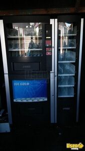 RS 800/850 w/ 2 Entree Snack Soda Combo Vending Machines for Sale in California!
