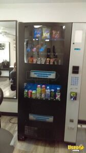 Seaga RS900 Electronic Combo Snack & Soda Vending Machine for Sale in Maryland!