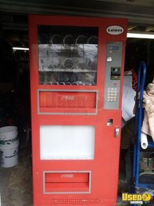 2007 Gaines VM-750 Combo Vending Machine for Sale in Massachusetts!