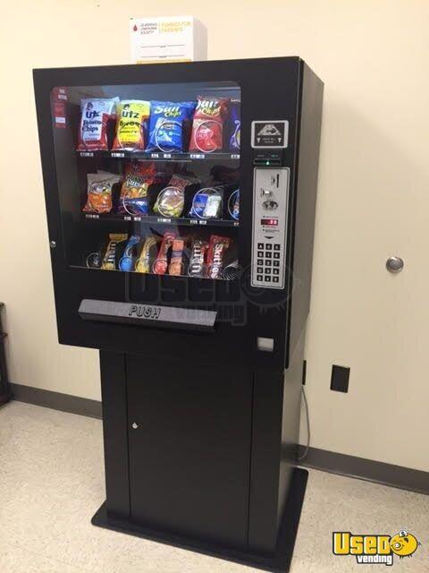 Electronic Countertop Snack Machine | Vending Machine for ...