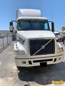 2012 Volvo VNL64T430 Sleeper Cab Semi Truck D13 I-Shift AT for Sale in California!