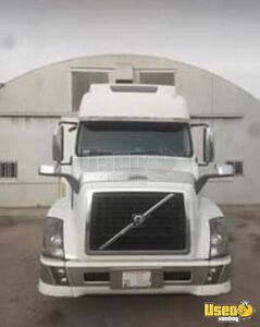 Amazing 2012 Volvo VNL 670 Sleeper Cab Semi Truck Cummins ISX 500 for Sale in Ohio!