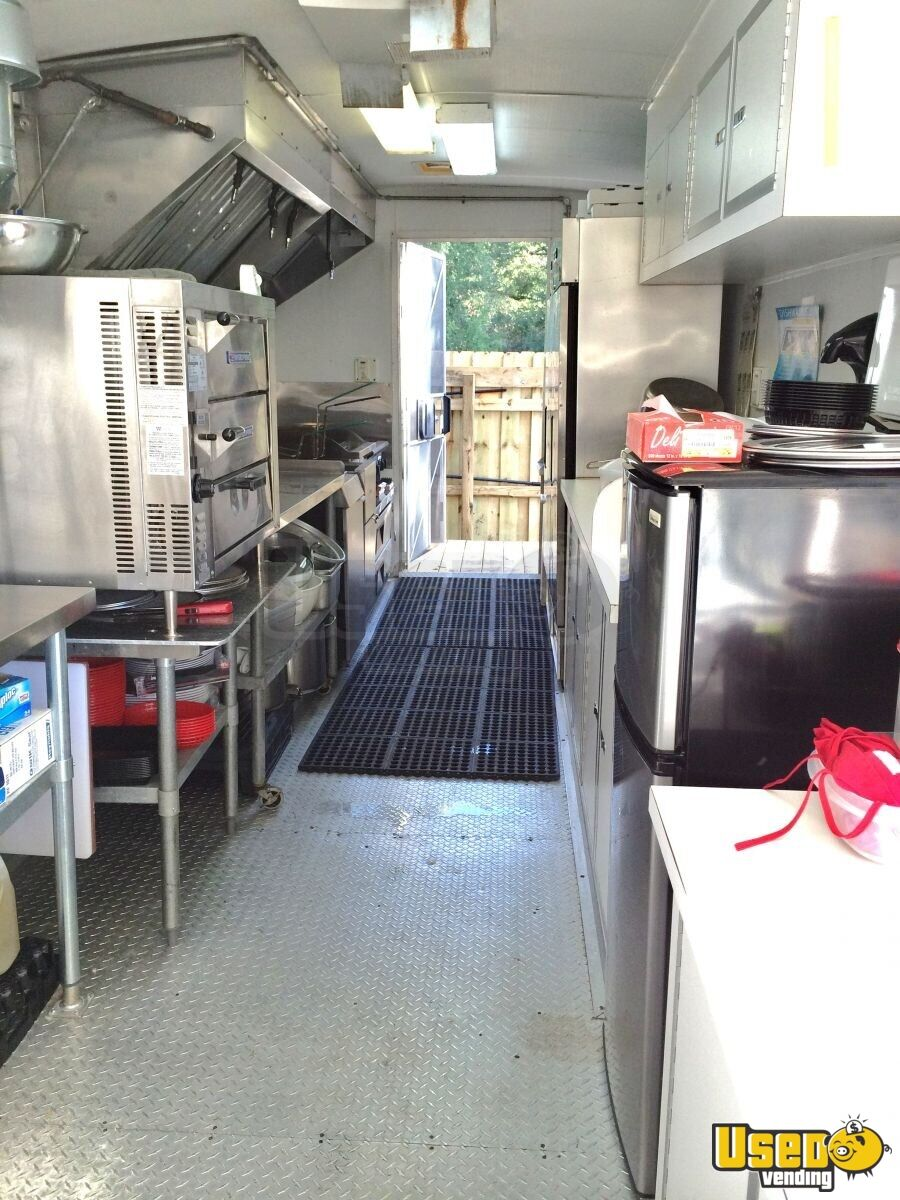 Well Cargo All-purpose Food Trailer Diamond Plated Aluminum Flooring Florida for Sale - 7