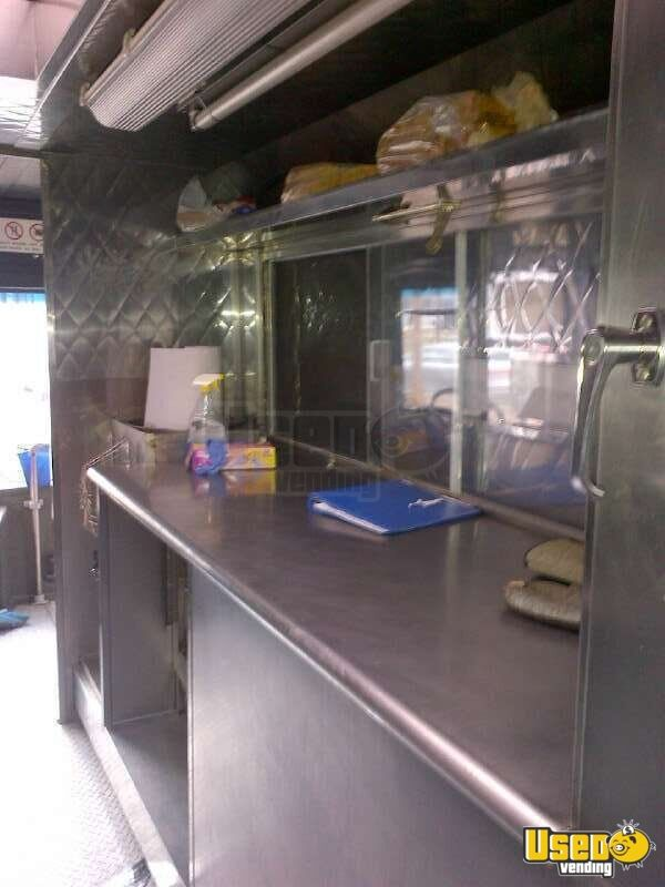 2002 Spartan Catering Food Truck Deep Freezer New York for Sale - 9