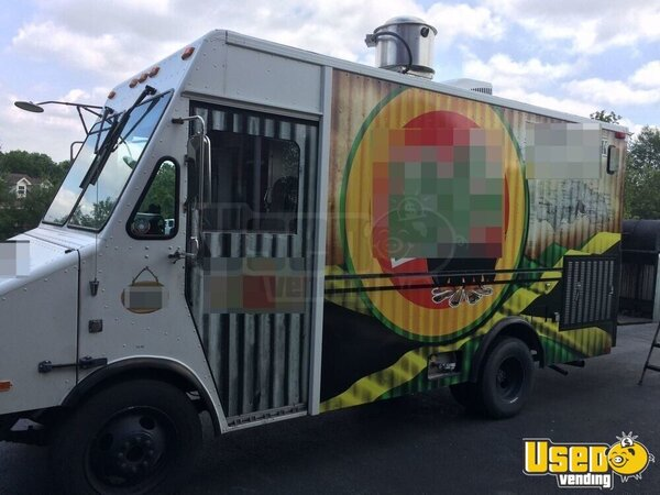 chevy p30 utilimaster food truck mobile kitchen for sale in kentucky. Black Bedroom Furniture Sets. Home Design Ideas