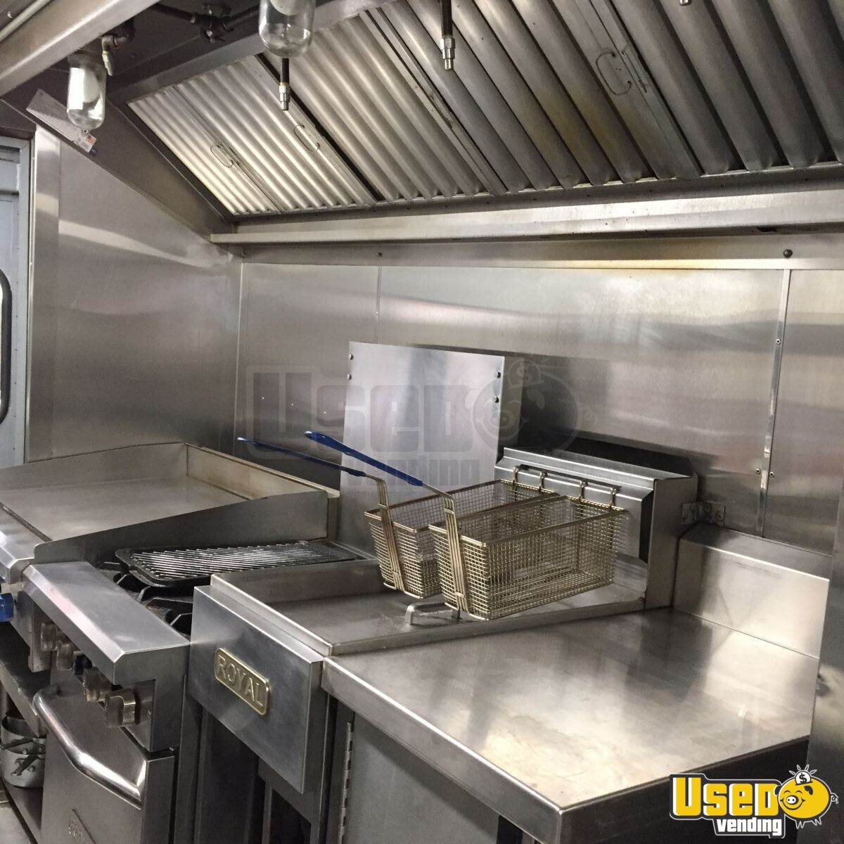 Grumman Olson Mobile Kitchen Food Truck for Sale in New York - 12
