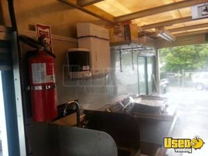 Chevy Workhorse Food Truck For Sale in District of Columbia - Small 9