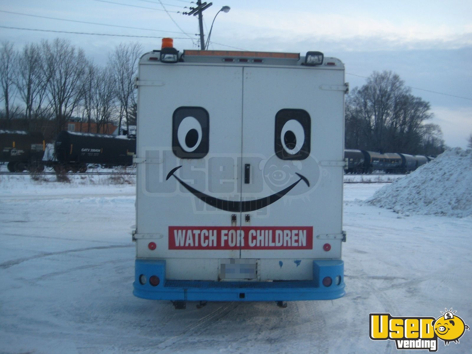 Used Freightliner Ice Cream Truck in Canada for Sale - 4