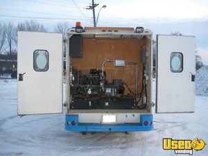 Used Freightliner Ice Cream Truck in Canada for Sale - Small 5