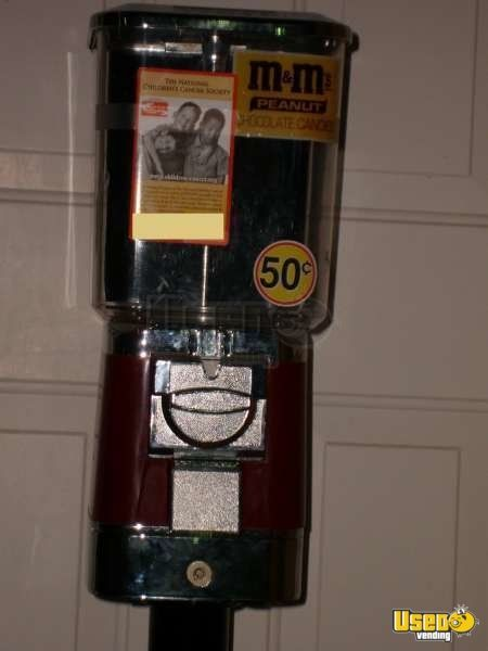 V-line Candy / Capsule Rack Vending Machine 2 Florida for Sale - 2