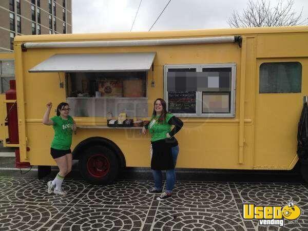 1988 Chevrolet Grumman Olson Kurbmaster Food Truck