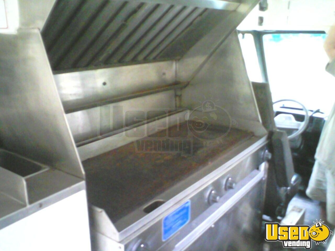 1991 - Chrysler Custom Built Food Truck - 8