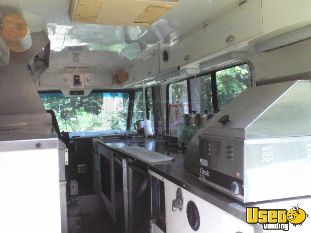 1991 - Chrysler Custom Built Food Truck - 3