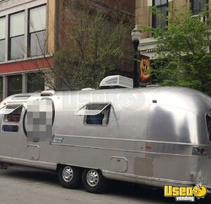 28' Airstream Mobile Business Boutique Marketing Trailer for Sale in Kentucky!!!