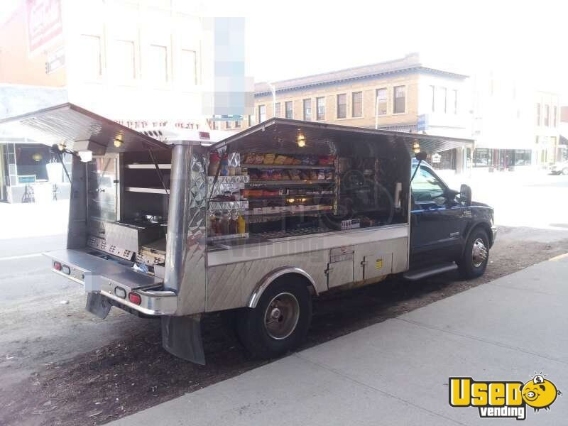 lunch truck truck for sale in montana roach coach montana. Black Bedroom Furniture Sets. Home Design Ideas