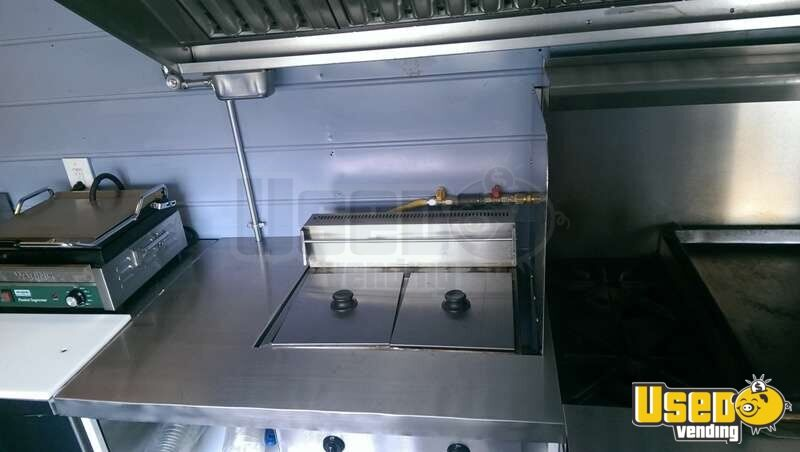 Turnkey Chevy P30 Food Truck for Sale in New Mexico - 13