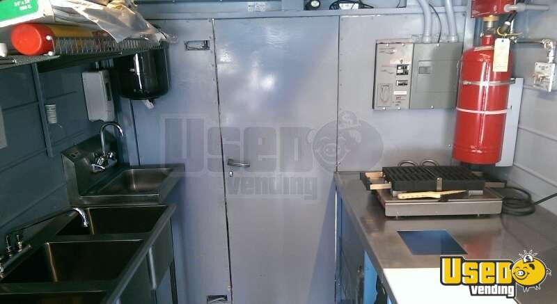 Turnkey Chevy P30 Food Truck for Sale in New Mexico - 6